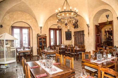 A restaurant or other place to eat at Chateau Zbiroh