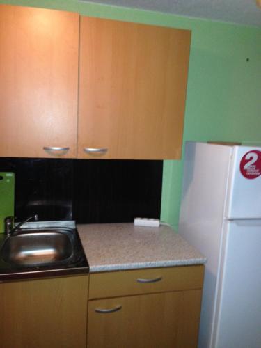Кухня или мини-кухня в Гостевой Дом Отец Василий
