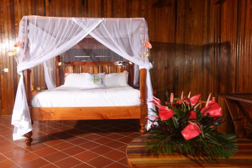 A bed or beds in a room at Ladera Resort