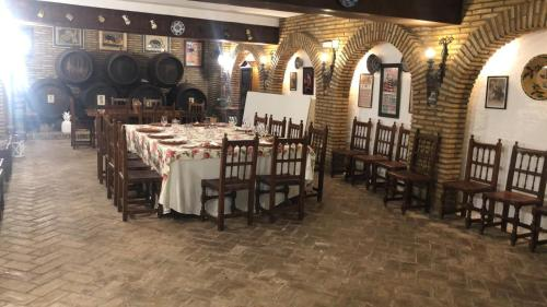 A restaurant or other place to eat at Hotel Don Gonzalo