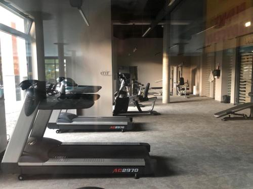 The fitness center and/or fitness facilities at Blue Sea Apartment