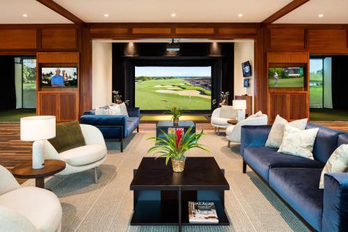 A seating area at Four Seasons Resort Hualalai