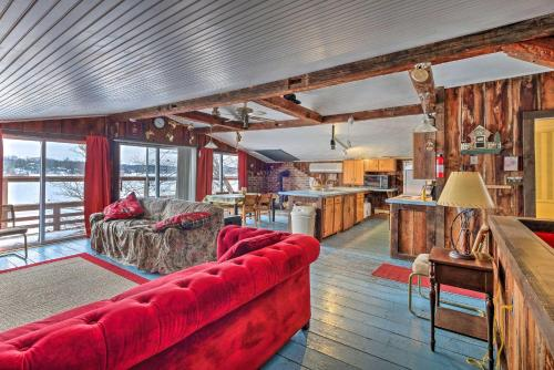 The lounge or bar area at Quiet Cabin on Glen Lake with Boat Dock and Deck!