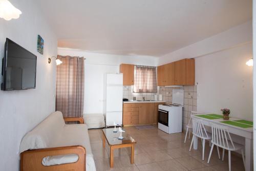 Küche/Küchenzeile in der Unterkunft Marina Blue Ornos