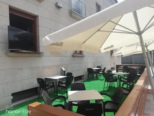 Un restaurante o sitio para comer en Hospederia La Cañada