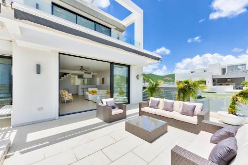Dream Villa Cole Bay 615