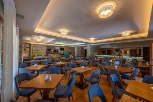 Εστιατόριο ή άλλο μέρος για φαγητό στο Κάστρο Μαΐνη