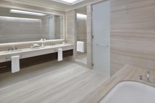A bathroom at Address Fountain Views