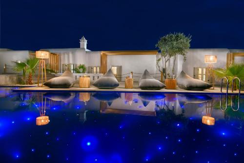 The swimming pool at or near Petinos Hotel