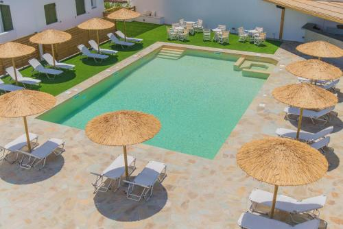 The swimming pool at or near Ostria Hotel & Apartments