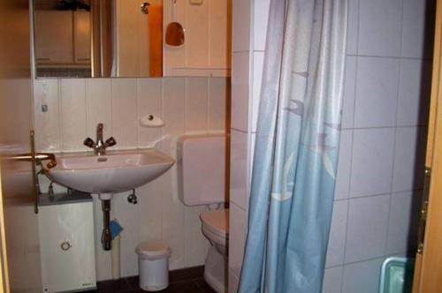 A bathroom at Ferienhüsli