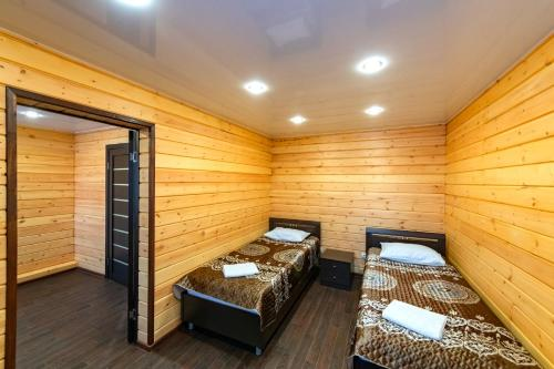 A bed or beds in a room at Shamanka