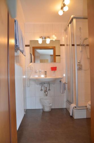 A bathroom at Haus Wally