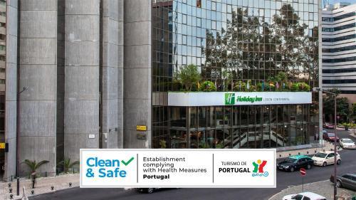 Um certificado, prêmio, placa ou outro documento exibido em Holiday Inn Lisbon-Continental, an IHG Hotel