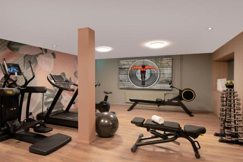 The fitness center and/or fitness facilities at Sorell Hotel St. Peter