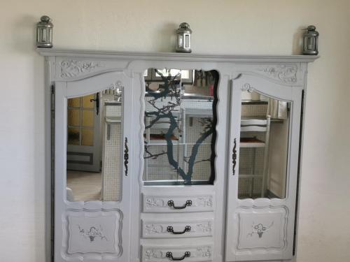 A bathroom at Guest House Provencal