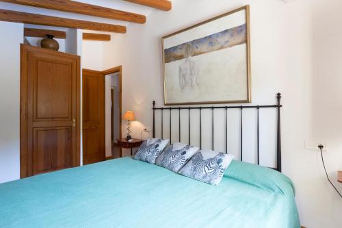 Łóżko lub łóżka w pokoju w obiekcie Private Villas Puerto Pollensa