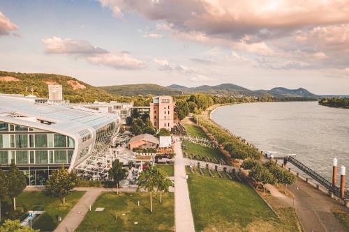 Blick auf Kameha Grand Bonn aus der Vogelperspektive