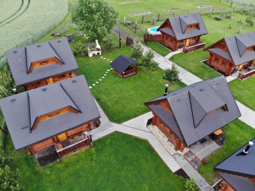 Pohľad z vtáčej perspektívy na ubytovanie Ubytovanie Koliba Pacho - Zrub Zuzka