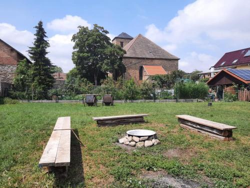 A garden outside Villa Windschief