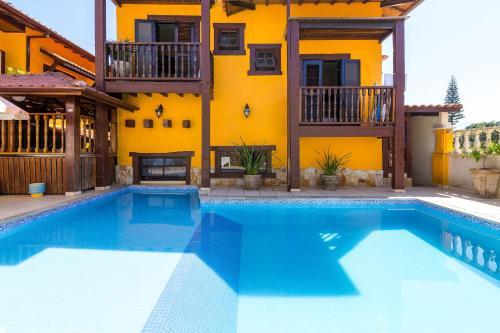A piscina localizada em Aldeia Da Lagoinha ou nos arredores