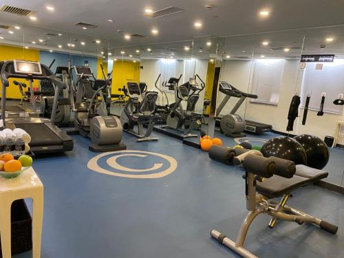 The fitness center and/or fitness facilities at CACHET Boutique Shanghai