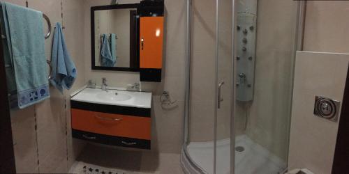 Um banheiro em Winter park hostel