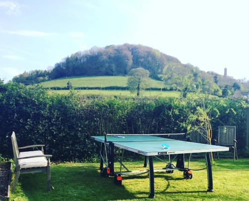 Ping-pong facilities at Forthay Bed and Breakfast or nearby