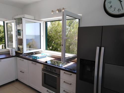 Cucina o angolo cottura di Apartment Karmelo