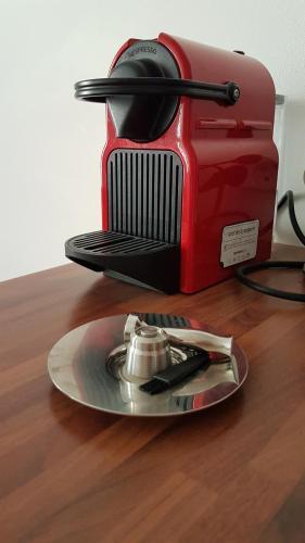 Coffee and tea making facilities at La cigale et la sardine