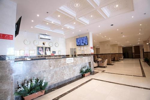 O saguão ou recepção de Asdaa Al Rahah Hotel Suites