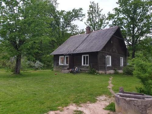 Lauku māja Riesti