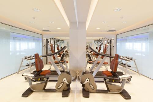 Fitnesscenter och/eller fitnessfaciliteter på Boutique 5 Hotel & Spa - Adults Only