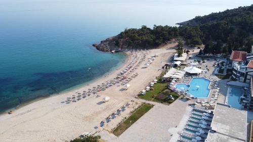 A bird's-eye view of Blue Dream Palace Trypiti Beach Resort & Spa