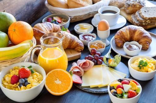 Breakfast options available to guests at Hotel Genova Liberty
