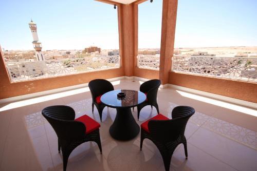 Uma varanda ou terraço em Hyatt ِALfursan Hotel