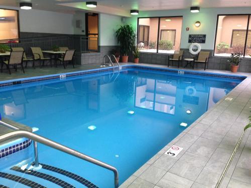 The swimming pool at or near Hampton Inn Altoona