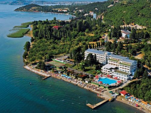 Een luchtfoto van Hotel Granit