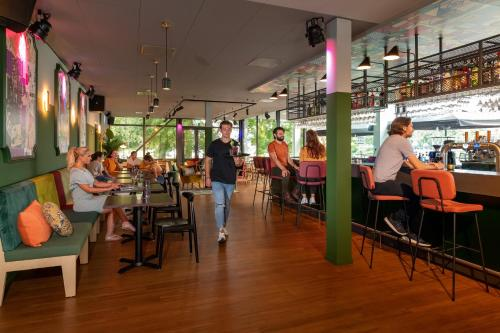 A restaurant or other place to eat at Stayokay Hostel Maastricht