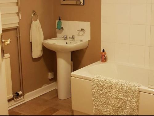 A bathroom at The Bull Hotel