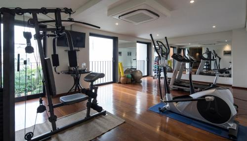 The fitness center and/or fitness facilities at Hotel Villa Amazônia