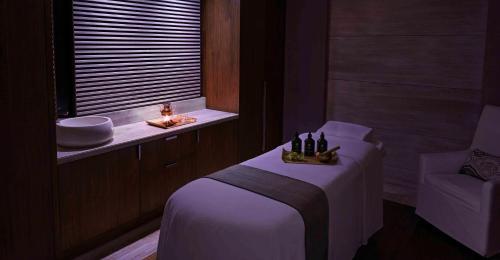 حمام في فيرمونت الرياض