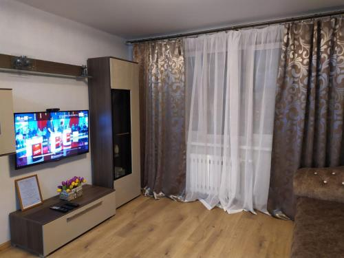 A television and/or entertainment center at ISABELLE APARTMENTS