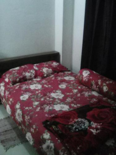 Short stay service apartment