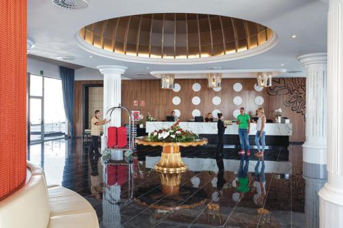 Restaurant ou autre lieu de restauration dans l'établissement Hotel Riu Palace Tenerife