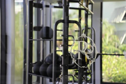 The fitness center and/or fitness facilities at Riverside Hotel