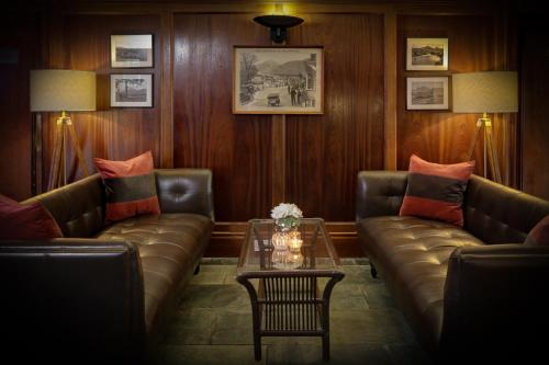 A seating area at BEST WESTERN The Crianlarich Hotel