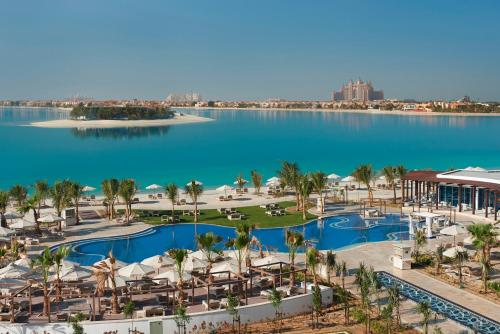 A view of the pool at Waldorf Astoria Dubai Palm Jumeirah or nearby