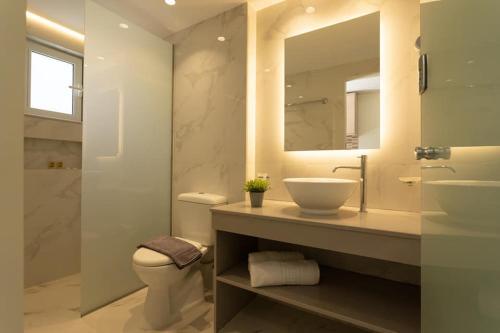 Kylpyhuone majoituspaikassa George Beach Studios