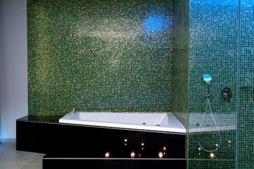 Uma casa de banho em Mood - Private Suites
